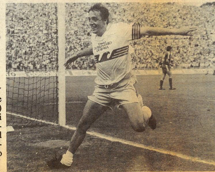 Simbolo della Lazio del -9 ed emblema di un calcio che non c'è più : GIULIANO FIORINI