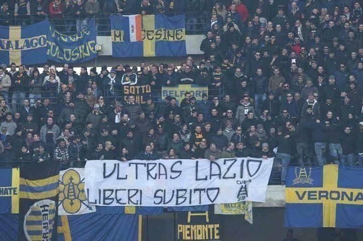 La solidarietà delle altre tifoserie per i fatti di Varsavia : LE FOTO