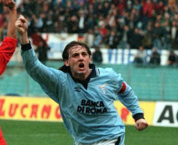 """Signori:"""" Rimanere alla Lazio per sempre  era il mio sogno anche se sarei dovuto andare alla Roma"""""""