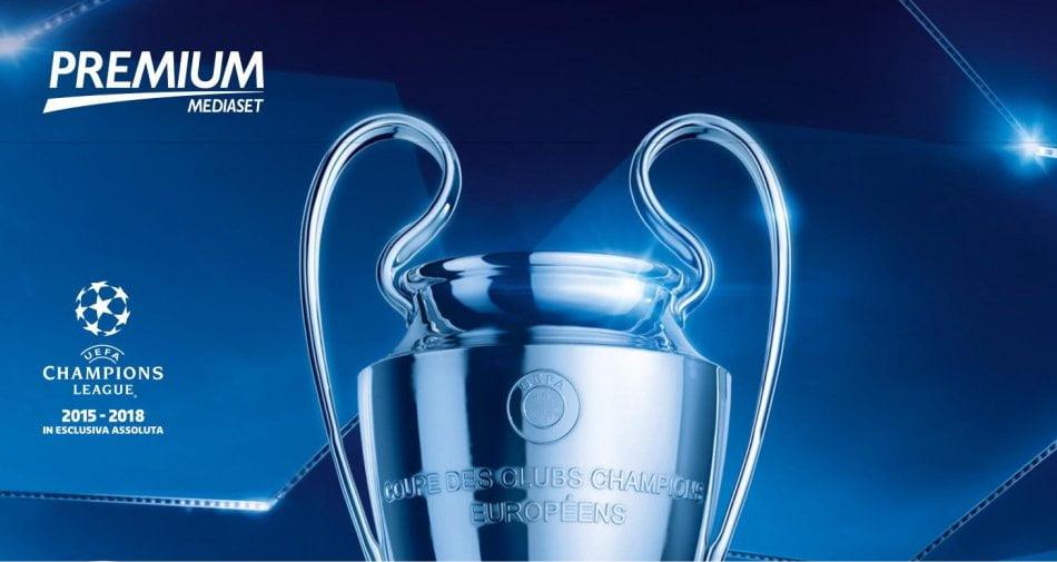 UEFA Champions League, andata ottavi di finale del 14 Febbraio: la programmazione di Mediaset e Mediaset Premium