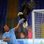 Juan Bernabè non sarà presente contro il Milan, il falconiere laziale cerca di sconfiggere la sua malattia. Ecco le parole